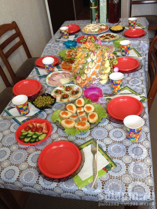 Оформление стола в домашних условиях 925