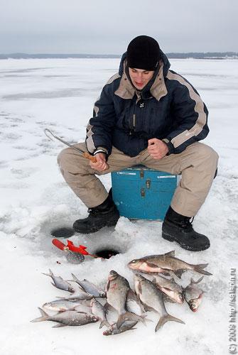 кого абдулов подсадил на рыбалку