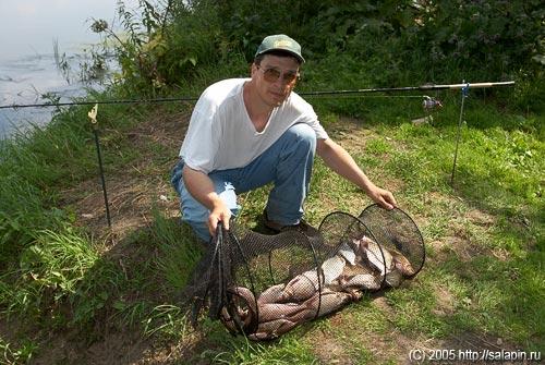 как сохранить живыми пойманную рыбу